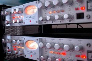 Mixing Service - Sonicworld Recording Studios Devon, UK